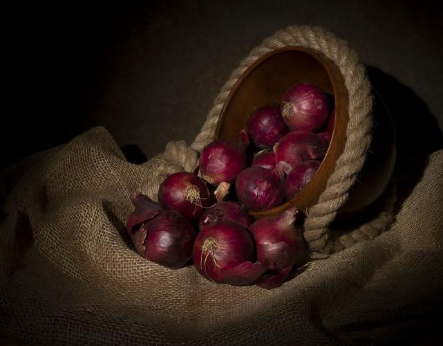 Red Onions - Amit Roy