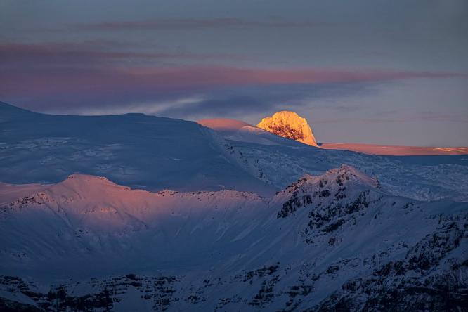 First Light  Iceland - Colin Westgate