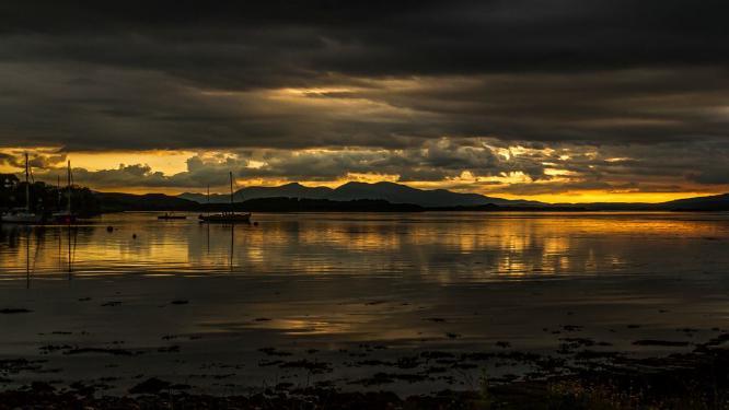 Sunset Loch Etive Connel - David Cross