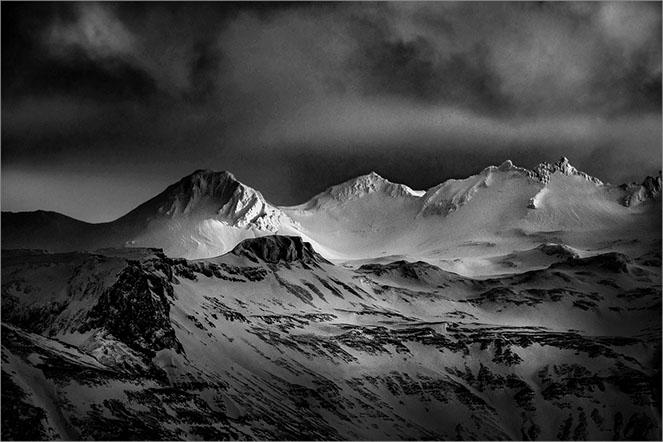 Mountain Light Iceland - Colin Westgate