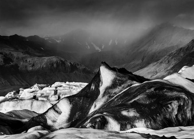 Black Iceberg - Jokulsarlon - Colin Westgate
