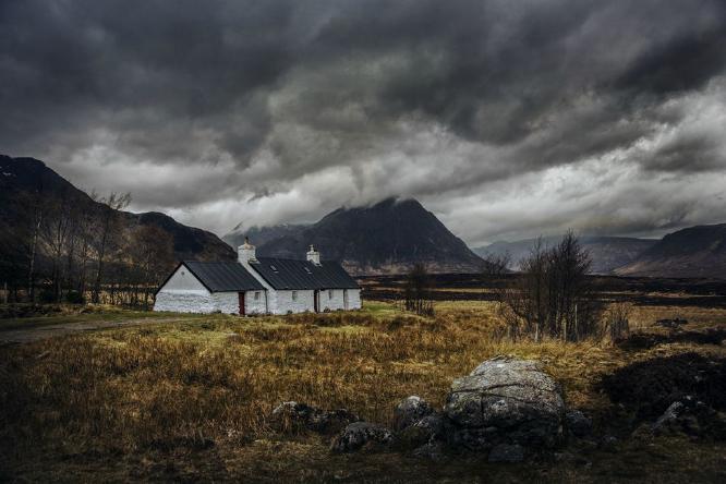 Black Rock Cottage - Colin Westgate