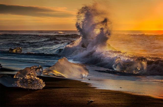 Sunrise at Jokulsarlon - Colin Westgate