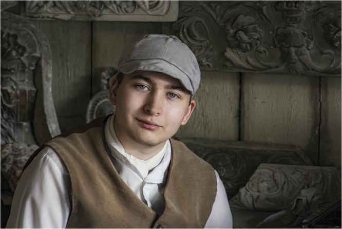 Victorian Pottery Worker - David Egerton