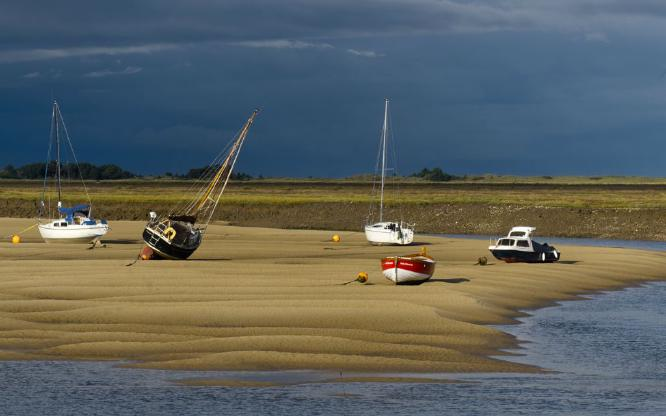Low Tide at Wells Next The Sea - Steve Robinson