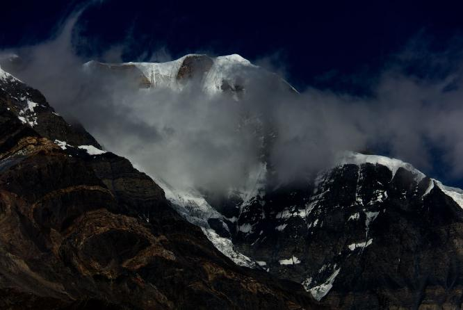 Mountain View from above Manang - Steve Robinson